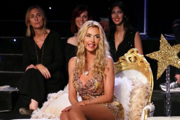 """Tu si que vales, anticipazioni: Valeria Marini ospite speciale dopo la """"rottura"""" con Ivan Gonzalez"""