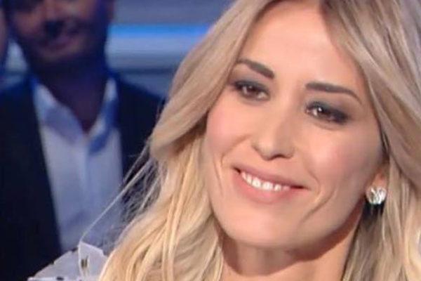 Domenica In, Elena Santarelli parla del tumore del figlio Giacomo: ecco come sta, le ultime news