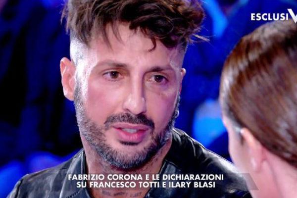 """Fabrizio Corona a Verissimo: """"Posso tornare in galera"""", poi dice che Totti gli ha dato ragione…"""
