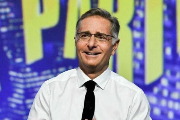 """Paolo Bonolis lascia la TV? """"Tra un po' mi fermo!"""", poi parla di Sonia Bruganelli e le critiche…"""