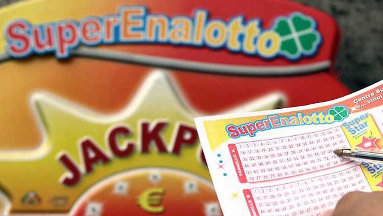 Estrazioni Lotto e SuperEnalotto, 26 gennaio: numeri vincenti oggi e quote, concorso n 12