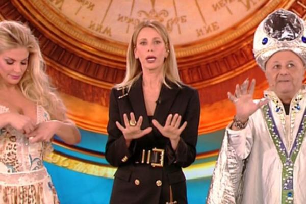 Ascolti TV 24 gennaio 2019: Isola dei Famosi e l'esordio flop, bene Che Dio ci aiuti e lo speciale sui Queen