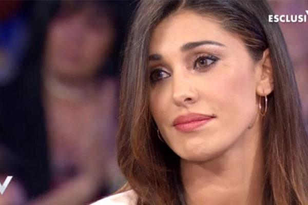 Gossip Tv, Belen Rodriguez lascia Mediaset? Showgirl stanca dei ruoli minori, in cerca della svolta