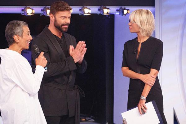 C'è posta per te, anticipazioni prima puntata 12 gennaio: ospiti Ricky Martin, Belen-Sakara-Castrogiovanni