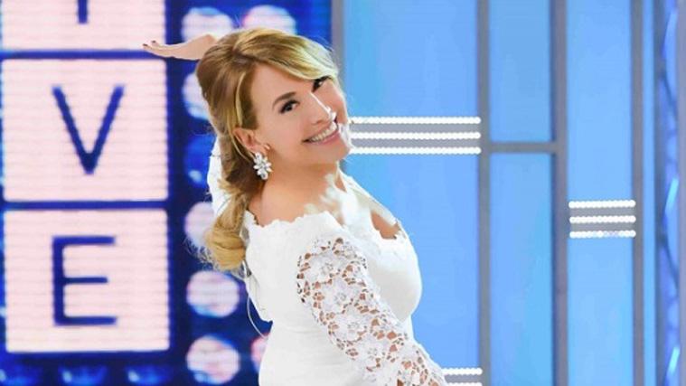 Domenica Live, Barbara d'Urso in versione ridotta: la figlia di Maradona, Christopher Lambert e Annalisa Minetti ospiti