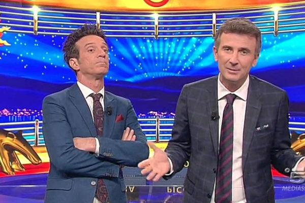Striscia la Notizia, Ficarra e Picone tornano da stasera: ecco quanto resteranno dietro il bancone