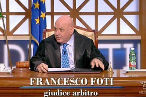 Francesco Foti sospeso da Forum: il programma ha interrotto la collaborazione, ecco perché