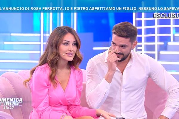 Rosa Perrotta e Pietro Tartaglione aspettano un bambino, l'annuncio a Domenica Live con Barbara d'Urso