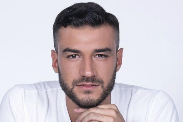 Speciale Uomini e Donne, la scelta: Lorenzo Riccardi diviso tra Giulia e Claudia
