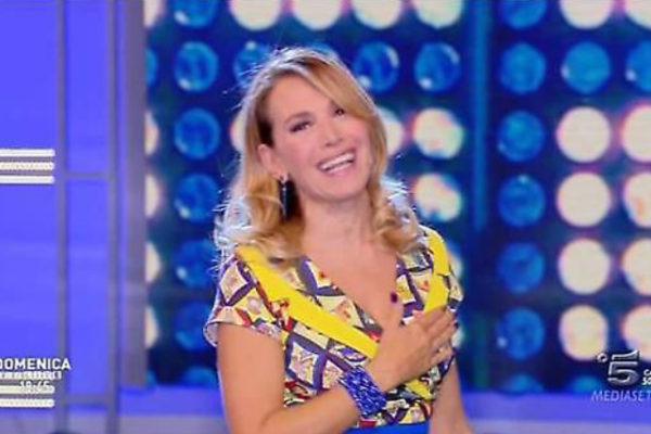 Domenica Live, anticipazioni: Ambra e Ivana del GF16, Dado e Brigitta Boccoli ospiti
