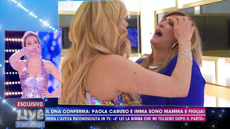 Paola Caruso, Imma è la sua mamma biologica: il risultato del test del Dna letto in diretta tv (VIDEO)