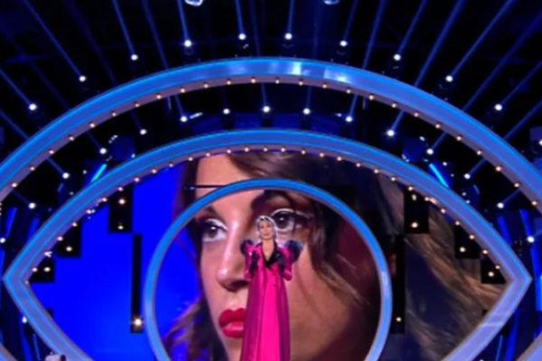 Grande Fratello 2019, Gennaro primo finalista: Taylor Mega in Casa