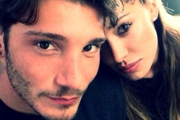 Belen Rodriguez incinta di Stefano De Martino: sarebbe al terzo mese, la conferma