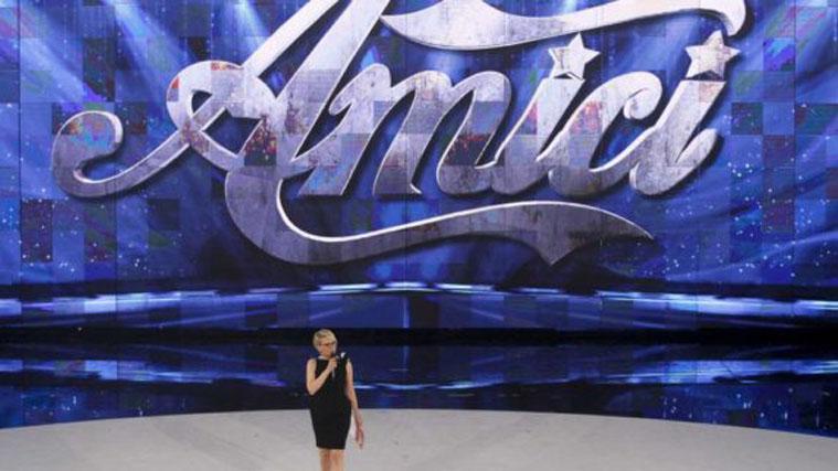 Amici Vip su Canale 5 ma senza Maria De Filippi: le prime anticipazioni