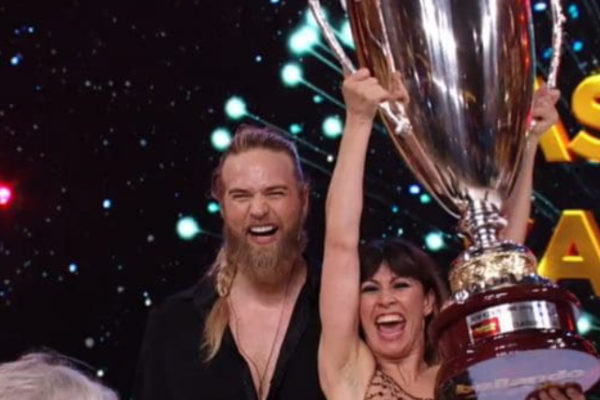 Ballando con le stelle 2019, vince Lasse Matberg con Sara Di Vaira: ecco chi è (VIDEO)
