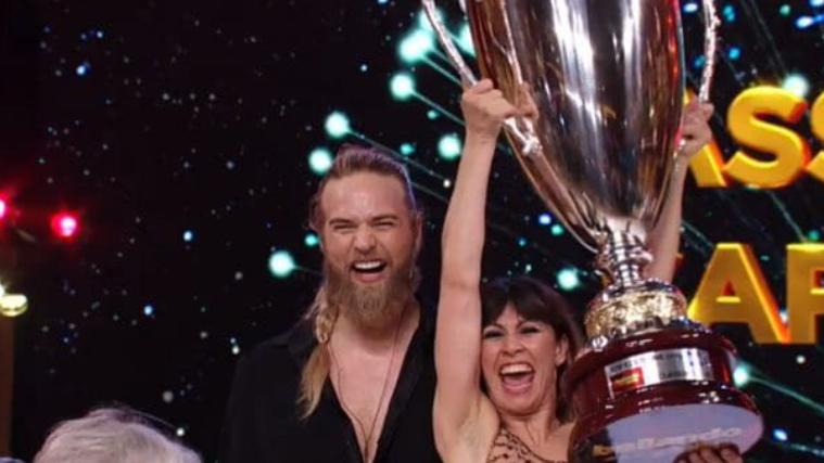 La 14esima edizione di Ballando con le stelle 2019 è stata vinta da Lasse Matberg in coppia con Sara Di Vaira