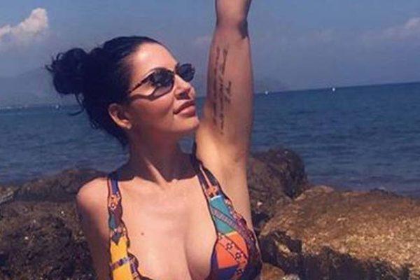 """Eliana Michelazzo criticata per le foto al mare: """"Sto solo ricostruendo la mia vita, da sola!"""""""