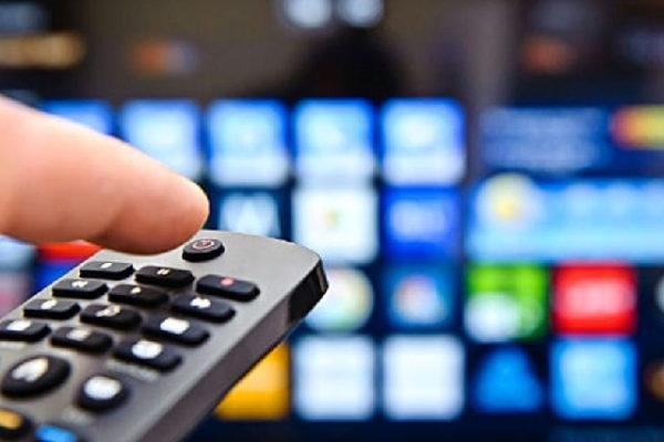 Stasera in TV, programmi oggi 15 settembre: replica Montalbano e Live Non è la d'Urso