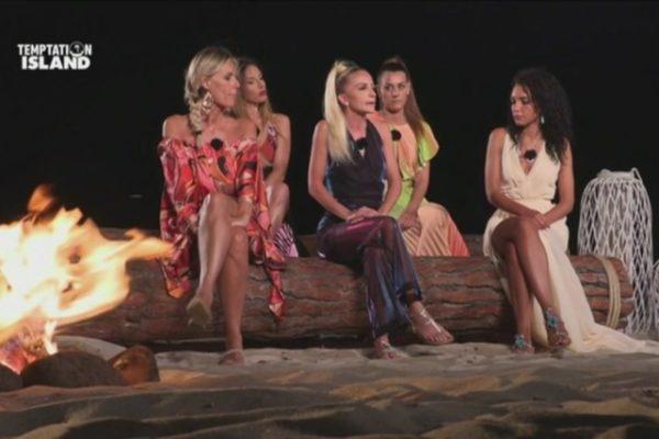 Temptation Island 2019, nuovo falò per Andrea e Jessica: lei si presenterà?