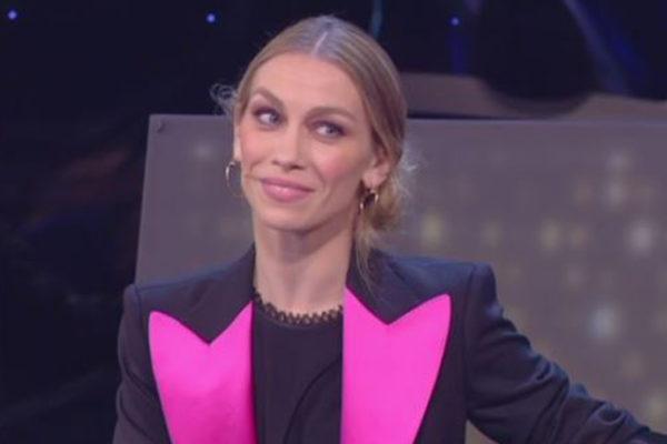 """Amici, ex giudice choc: """"Ballerini insultati e minacciati"""", sindacato contro Eleonora Abbagnato"""