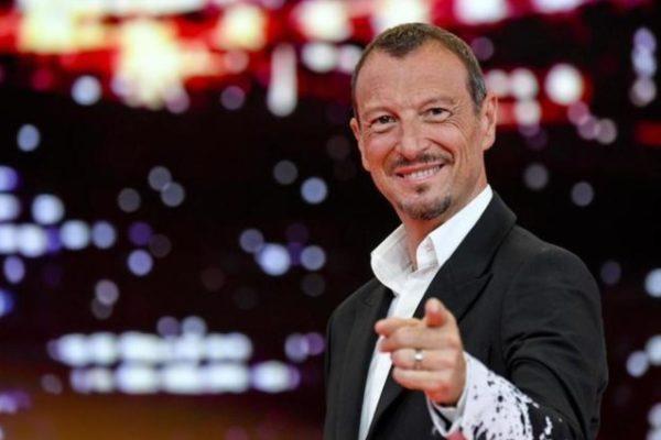 """Amadeus, Sanremo 2020: """"Ecco come sarà il Festival"""", e su Fiorello rivela…"""