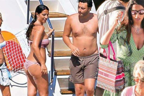 Maria De Filippi e Raffaella Mennoia, vacanza insieme dopo le polemiche di Uomini e Donne