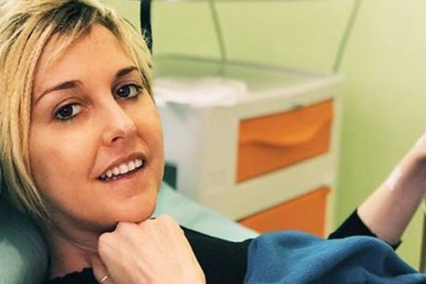 Nadia Toffa è morta: da un mese ricoverata in clinica, le ultime parole agli amici