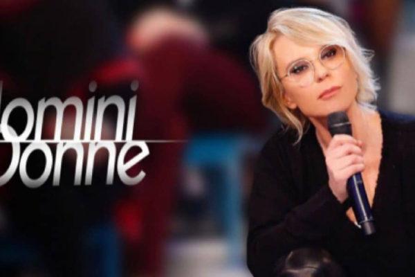 Uomini e Donne, anticipazioni: trono classico e over, Maria De Filippi torna da oggi su Canale 5
