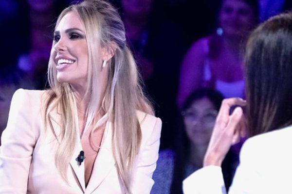 """Ilary Blasi a Verissimo: """"Ecco perché non conduco più il Grande Fratello Vip"""", e su Totti…"""